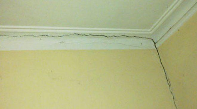 Vết nứt tường do nền móng bị lún