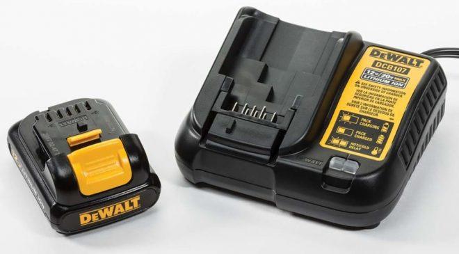 Chọn pin cùng hãng với máy khoan sẽ đảm bảo độ tương thích giữa pin và máy cao hơn